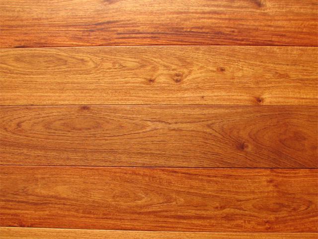 màu sàn gỗ giáng hương và sàn gỗ gõ đỏ